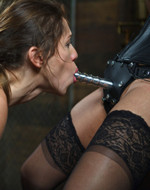 Kink On Demand - Brunet love electricity amd...