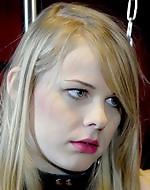 Submissive carpet muncher. Girl licks...